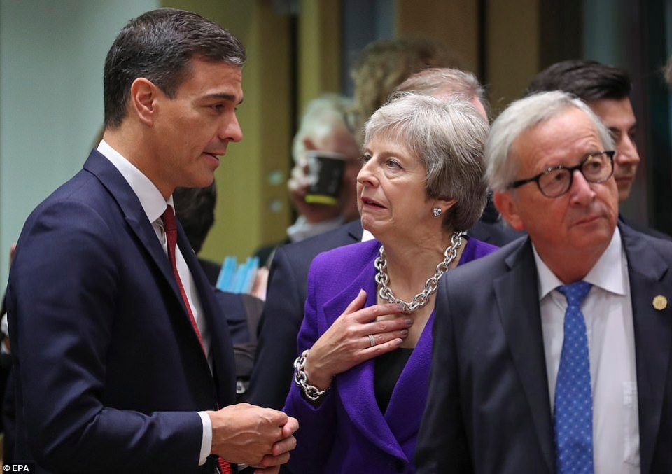 The premier chatted to Spainish counterpart Pedro Sanchez (pictured left) as the summit continued today