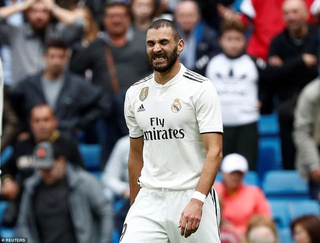 Benzema, who also started the game on the bench, expresses his frustration as Real were beaten