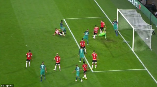 Kane was behind the PSV goalkeeper and stood in the opposite side of the goal to where Sanchez's low shot was placed