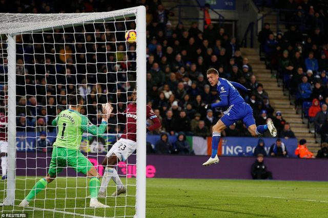 On as a substitute to huge applause from the home crowd, Vardy missed a golden opportunity to send a message to his boss