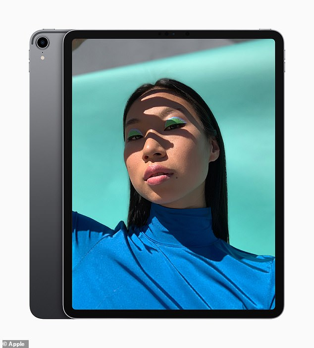 The new iPad Pros are 5.9mm thin, which means they are 25 percent lighter than the previous version. They have 8-core CPUs and 7-core GPUs and are faster than before