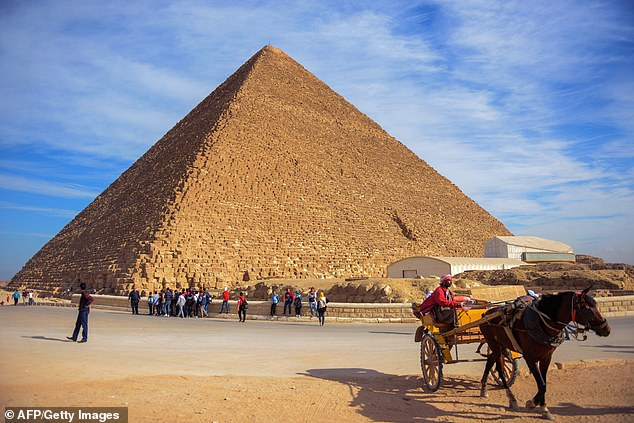 Archaeologists may have come a step closer to understanding how the Great Pyramid of Egypt was built thousands of years ago (photo of the file).