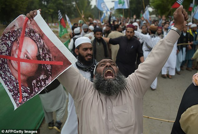 Anger: Despite Friday's deal, the protests continued across Pakistan this weekend