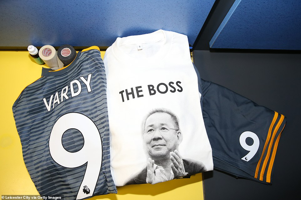 The Leicester dressing room features special tribute T-shirts in honor of the club's later chairman, Srivaddhanaprabha