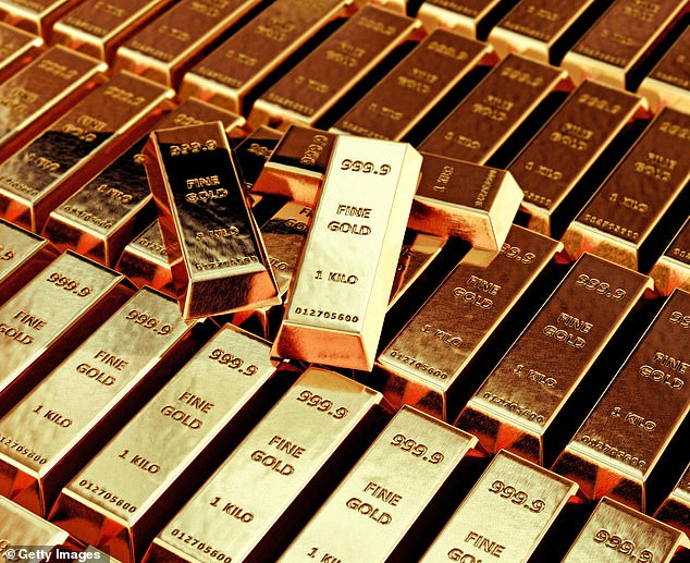 Spotlight: Gold is a safe haven in stormy times