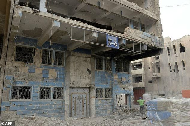 The military campaign and IS occupation caused huge damage to buildings, including banks