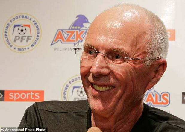 Sven-Goran Eriksson, the new coach of the Philippines national football team, smiled on November 5, 2018, at a press conference in the Philippines, Philippines. Erikkson, a former UK team manager, will be the head coach of the Philippine team. This month's 2018 AFF Suzuki Cup and the Asian Cup next year. (AP Photo / Aaron Favila)