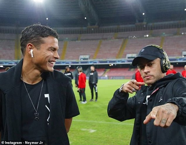 Thiago Silva (L) and Neymar (R) joked around as PSG stars showed no signs of nerves before the game