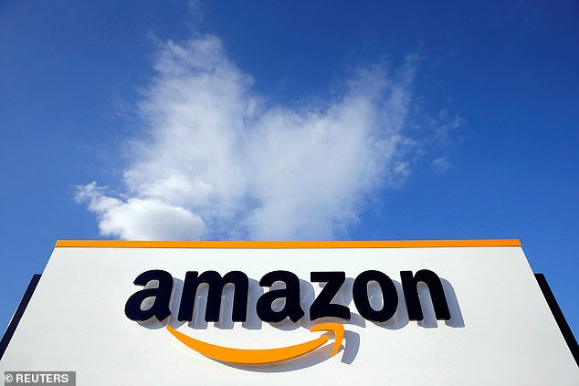 Internet users say they were not satisfied with Internet shopping giant Amazon after they were charged for orders they did not make