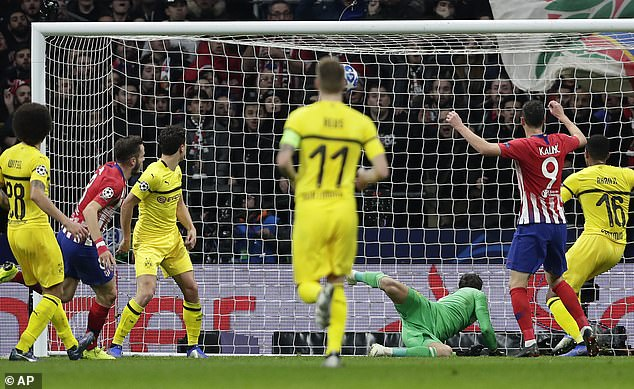 Borussia Dortmund conceded their first goal this season at Atletico Madrid