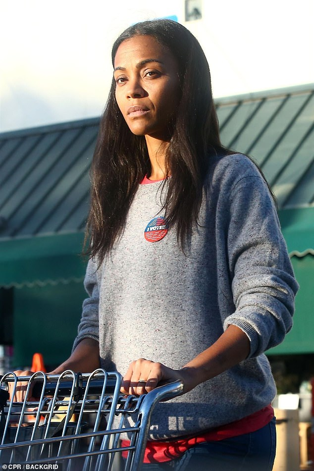 Stunner: Zoe Saldana, 40, showed off her natural beauty as she went grocery shopping in Los Angeles on Tuesday