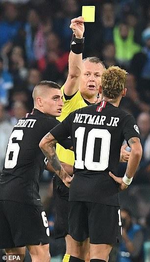Marco Verratti keeps an eye on Neymar when he receives a booking