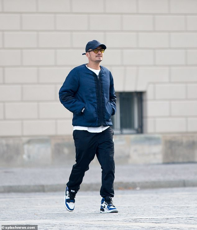 Guten tag! Orlando was pictured out solo in Berlin on Thursday