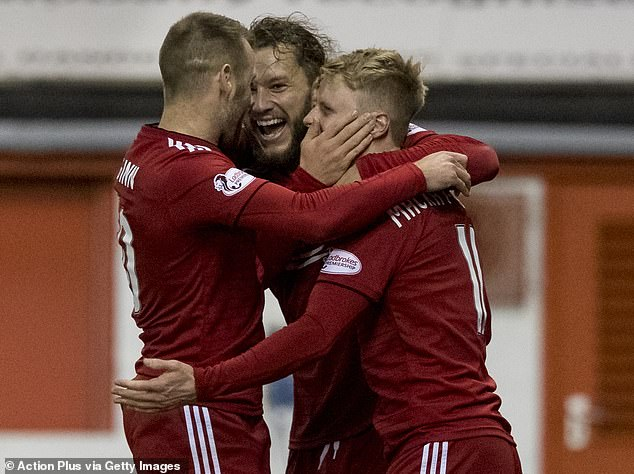 Aberdeen has left Hibs behind and is now just five points ahead of the Scottish Premiership