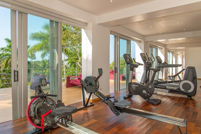 A basic requirement for an athlete of the caliber of Joshua, the villa also includes a fully equipped gym and a fitness room