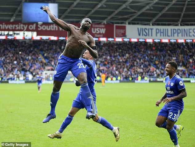 Sol Bamba escaped to booking Cardiff