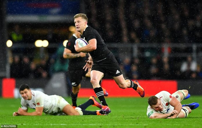 New Zealand's McKenzie in action with England's Underhill during the international encounter this fall in Twickenham