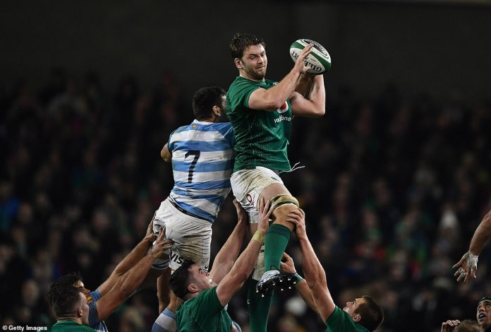 Iain Henderson of Ireland wins a training against Argentine Guido Petti during the meeting of the International Autumn