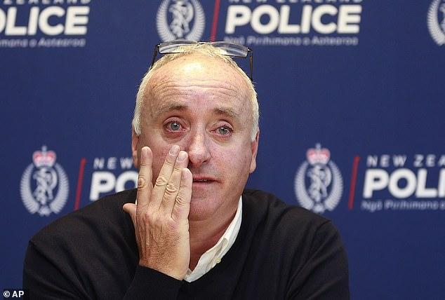 David Millane, el padre desarrollador de propiedades de Grace, rompió a llorar cuando suplicó que le ayudaran a encontrar a su hija mochilera después de que ella desapareciera en Nueva Zelanda.