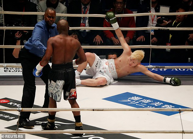 Floyd Mayweather stopped Tenshin Nasukawa in their exhibition fight in Japan on Monday