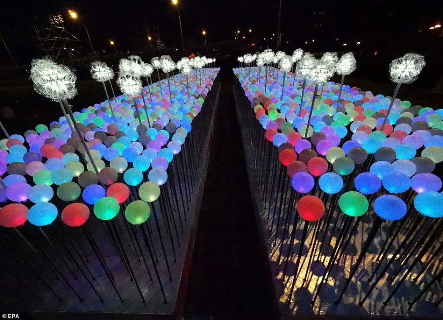 An art installation with 2019 illuminated balloons was seen in front of the Presidential Office Building in Taipei, Taiwan to welcome in the new year