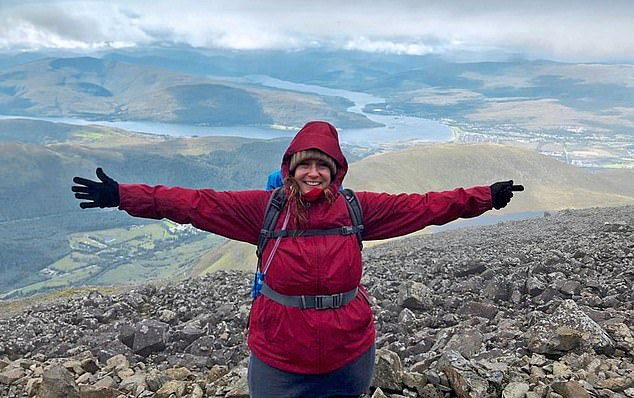 Rachel McCarthy, a forty-three-year-old director, has just been able to climb stairs to climb mountains since mepolizumab was prescribed