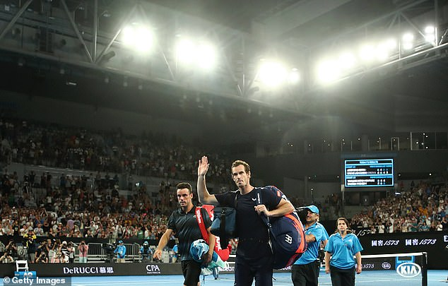 """Murray told the crowd that he will do """"everything"""" in an attempt to return to play again"""