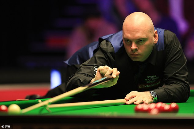 Although Stuart Bingham won the opening frame, O'Sullivan took the next five in succession