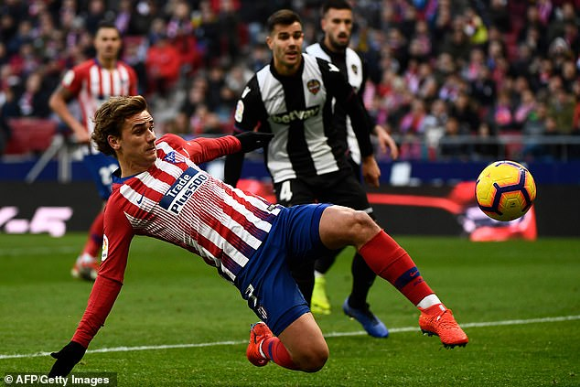 Simeone is not always in favor of a big No. 9 that Antoine Griezmann played there this season