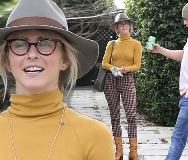 Julianne Hough Shows Off Her Famous Physique As Her Brother Derek Performs A Silly Dance Daily Mail Online