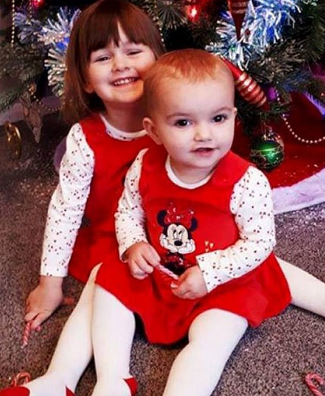 In the photo, Scarlett Vaughan of 16 months and Lexi Draper of three years