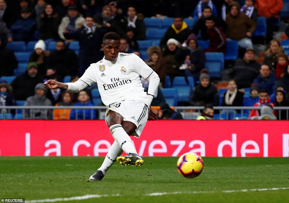 Vinicius Jr finishes calmly with ten minutes remaining to score his fourth Real Madrid goal