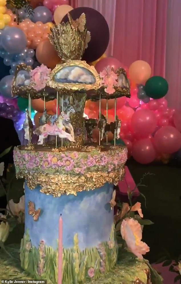 Artwork: the cake, with its carousel, was absolutely incredible