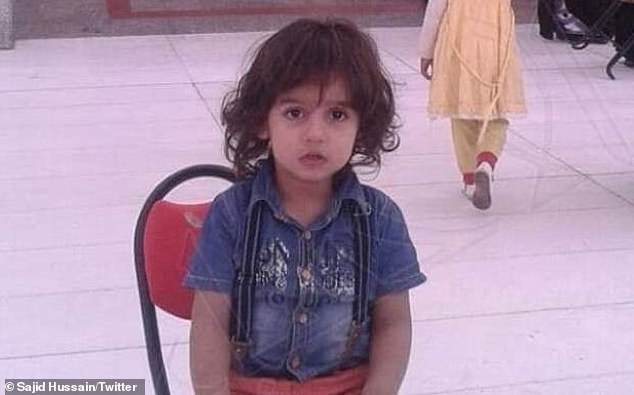 Picture of a 6year old boy,beheaded in front of her screaming mum in Saudi Arabia