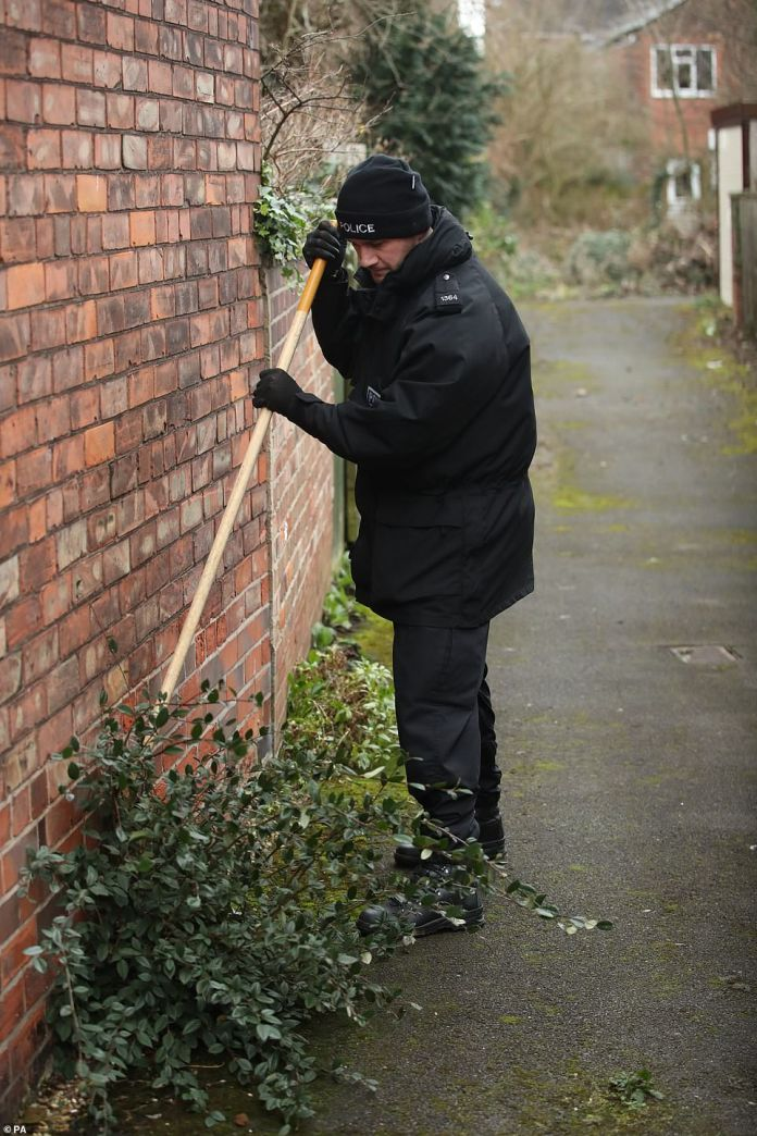 Police have also been investigating the video surveillance video taken at Haworth Street, Hull, just past midnight last Friday. Pictured searches near Libby's house