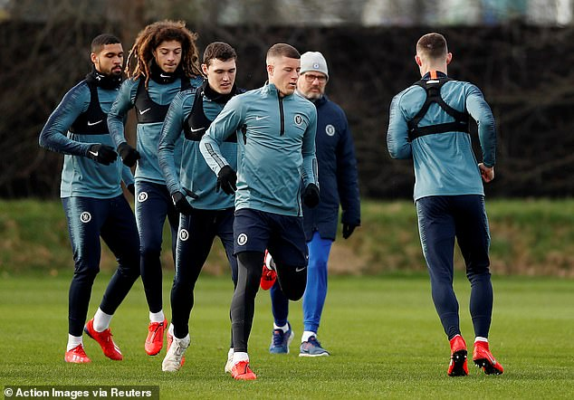 Ruben Loftus-Cheek, Ethan Ampadu, Andreas Christensen and Ross Barkley (L-R) in training