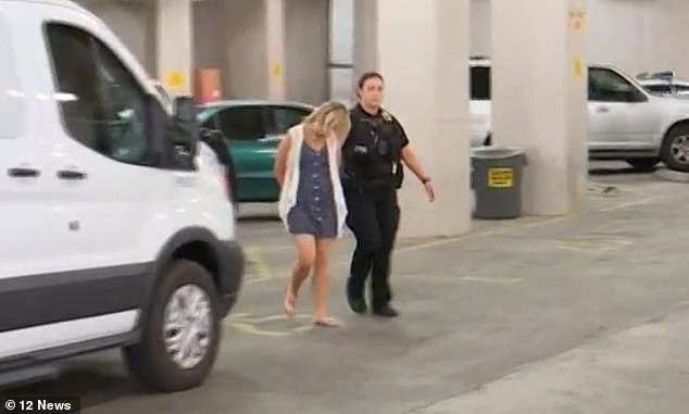 Zamora later appeared with her blonde locked up while she was trying to avoid the photographers