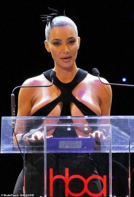 Kim Kardashian presents Award in this ridiculous dress