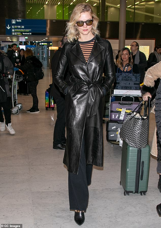 Chic:Karlie Kloss made a rather fashionable arrival at Charles de Gaulle Airport in Paris, France, on Monday ahead of the final autumn-winter 2019 Fashion Week of the season