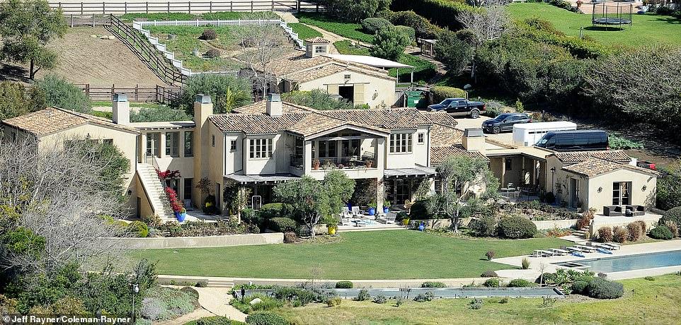 Lady Gaga S 24m Malibu Mansion Where Bradley Cooper