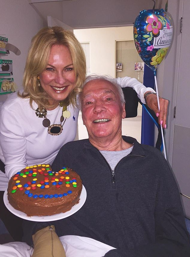 'I want to thank everyone at St Vincent's Hospital for the beautiful care they have provided to John in his last days,' Kerri-Anne also thankedSt Vincent's Hospital for caring for her husband