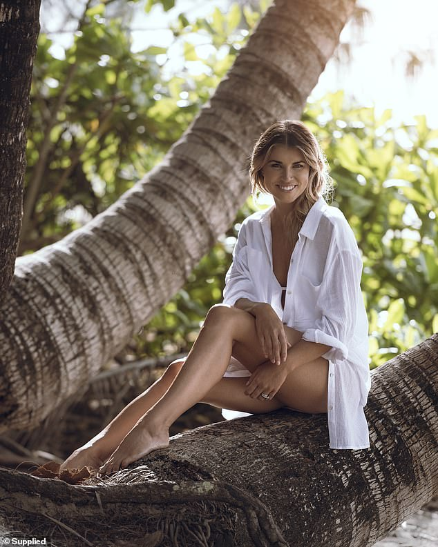 The wife of a crocodile hunter (Kaia pictured), who travels extensively for work, has opened up about her in-flight beauty routine and tips for avoiding 'cabin complexion'