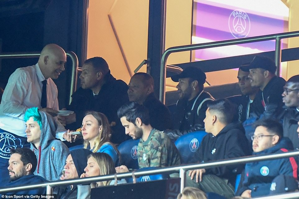 Injured superstar Neymar watched on from up in the stands with his entourage, as PSG battled on the pitch