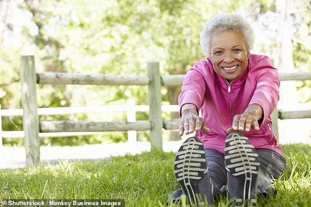 Incluso las personas que no comienzan a entrenar hasta que tienen más de 60 años pueden ver una reducción de hasta el 43 por ciento en su riesgo de muerte prematura, según sugiere un estudio reciente