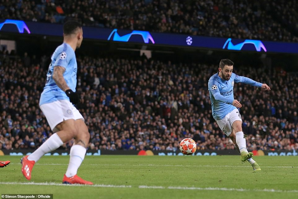 Bernardo Silva kept his eyes on the prize to lash through the ball and add further insult to Schalke inside the Etihad