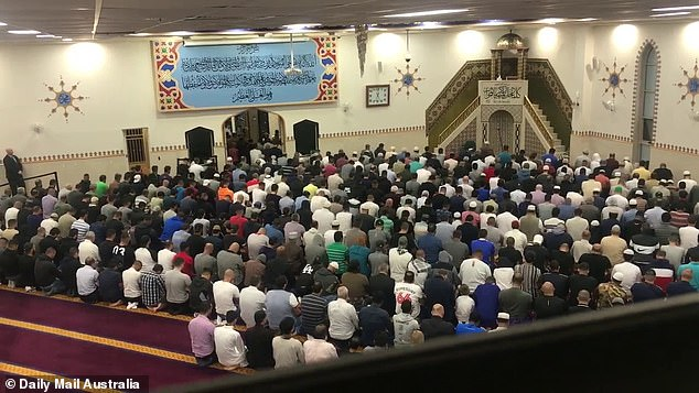 There was a sombre mood at one of Australia's biggest mosques tonight as more than 1000 Muslims prayed for the victims of New Zealand 's worst terror attack