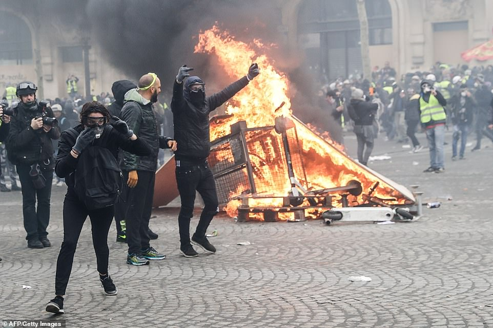 Fighting broke out on the Champs Elysee, the most famous avenue in the French capital, by 11am, when there had already been 25 arrests