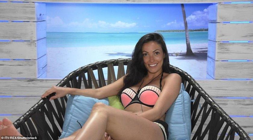Sophie Gradon también fue originalmente Miss Gran Bretaña antes de ir a Love Island