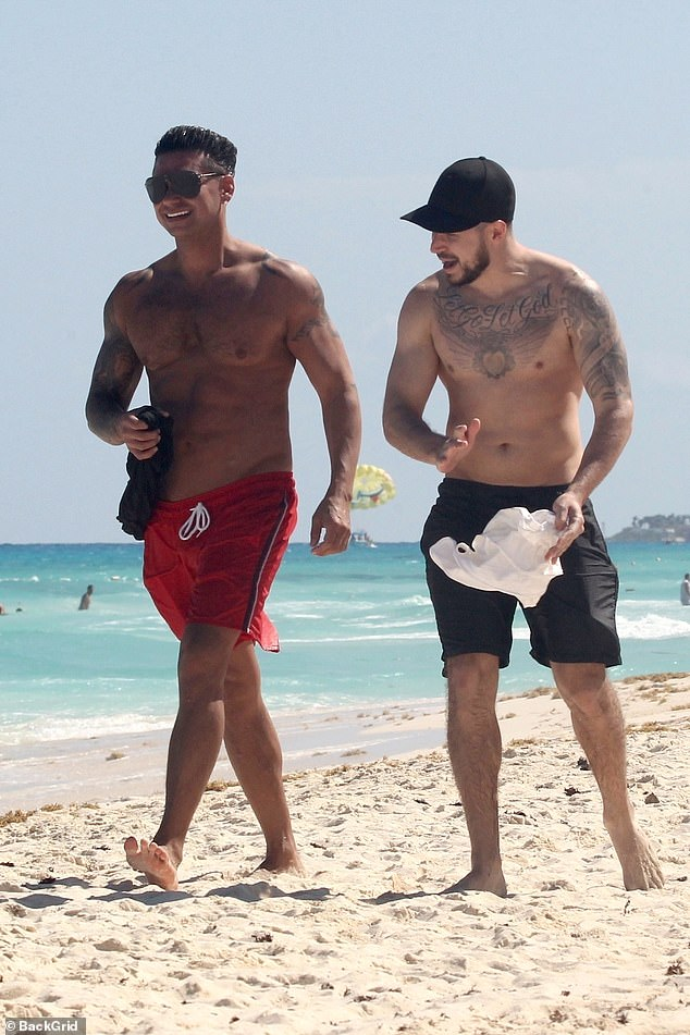 The boys will be boys! The couple is in Cancun for the iconic MTV Spring Break special