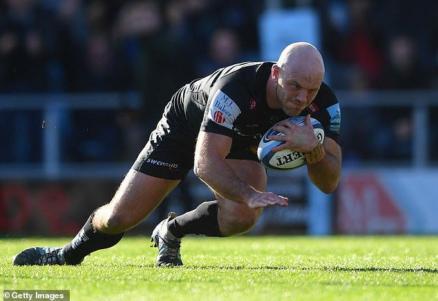 Hooker Jack Yeandle went over to register the Chiefs' second try of the match